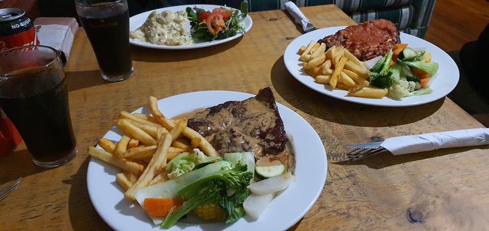 Mount Torrens Hotel Food