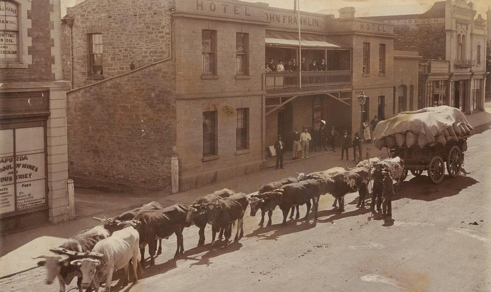 Sir John Franklin Hotel History